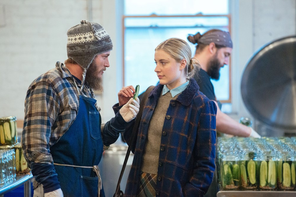 MAGGIE'S PLAN, from left: Travis Fimmel, Greta Gerwig, 2015. ph: Jon Pack/© Sony Pictures Classics