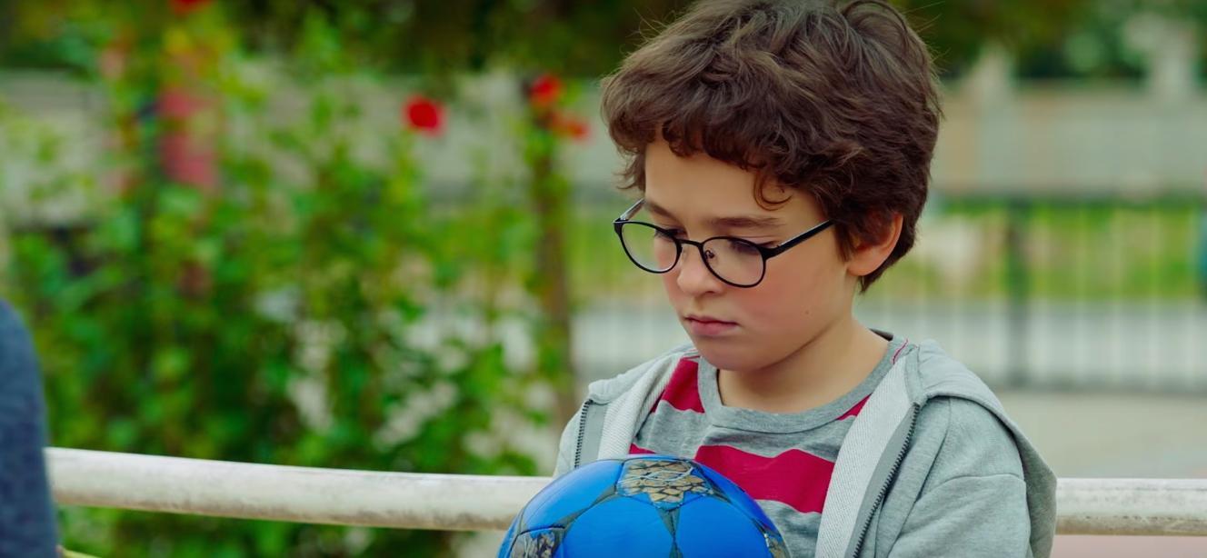 Enes Batur Hayal Mi Gerçek Mi Film Eleştirisi Ve Yorumlar Ortakoltuk